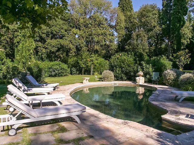 Villa Boulbon has 6 Bedrooms, 4.5 Bathrooms, 11 Sleeps